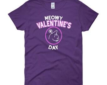 Cat Lover Shirt - Cat Valentine Shirt - Cute Womens Cat Tee - Meowy Valentine's Day - Women's Short Sleeve T-shirt