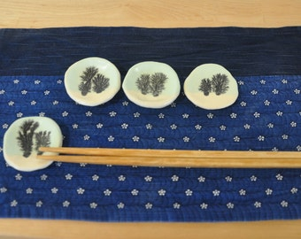 Mocha Diffusion Chopstick Holder 10