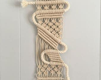 Winding Rope Macrame Wall Hanging