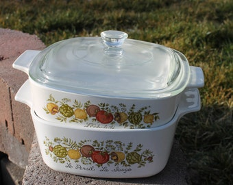 Corning Ware Spice Of Life Two Casserole Dishes 1 1/2 Quart Dish and a 1 Quart Dish. One Lid