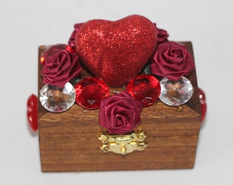 Handcraft Beautifully Decorated Wooden Jewelry Mini Box