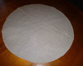 Table runner linen round along with or without lace