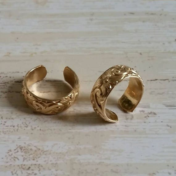 Wide Floral Yellow Gold Filled Toe Ring, Scroll Design, Foot Bling