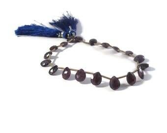 Dusty Blue Sapphire Beads, Pear Shaped Briolettes, Faceted Gemstones, 19 Blue Gemstones, 8 Inch Strand, 7x5mm x 8x5.5mm (B-Sa2b1)