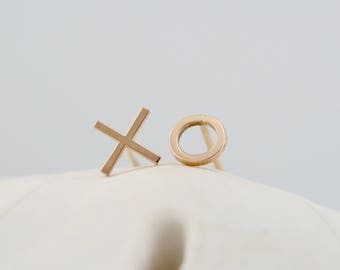 XO stud, solid gold 14k gold stud, petite stud earrings, 14k gold post earring, Rachel Wilder Handmade Jewelry