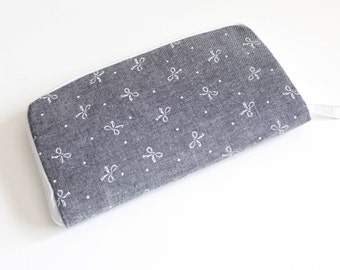 Womens zip around wallet / Checkbook Cell Phone Passport Credit Card Wallet / Accordian wallet / Gray and white ribbon bows