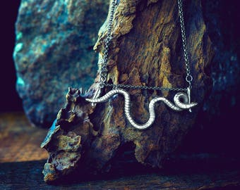 Silver Floating Nightcrawler Necklace