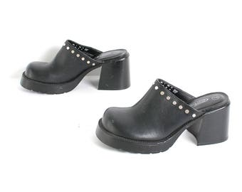 size 7 PLATFORM black vegan leather 90s CLOGS GRUNGE slip on mules