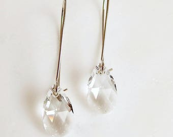 Clear crystal earrings - bridesmaid earrings - bridal earrings - clear earrings - Swarovski  crystal - crystal clear