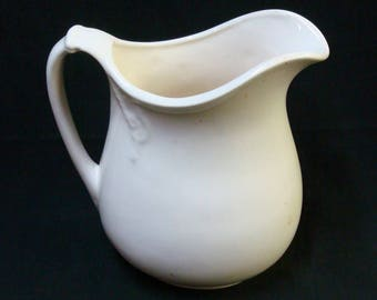 PITCHER WHITE IRONSTONE