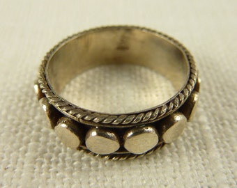 Size 5.25 Vintage Sterling Dotted Ring