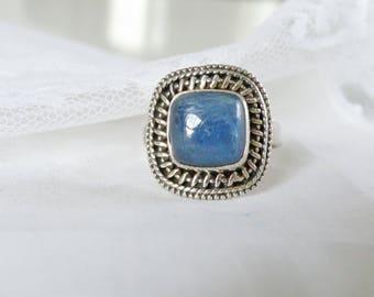 Vintage Sterling Silver Natural Blue Kyanite Stone Bohemian Boho Ring Size 8