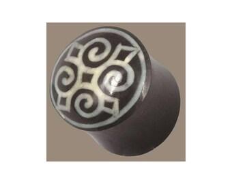Horn and Bone Plugs, Ear Gauges, Tribal ear plugs, Tribu earrings, jewellery, Ear stretchers, Tapers, Mandala plug, Symbol, Big sizes