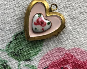 Vintage Heart Locket, enameled locket, rose locket, Pendant Floral Guilloche Flowers Brass Rose Enamel heart, shabby chic Valentine #1444L