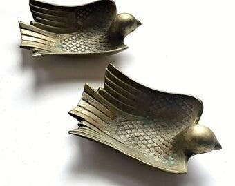 Brass Bird Ashtrays, Bird Ashtray Set, Vintage Brass Ashtrays, Bird Ring Keeper, Ring Dish, Teabag Rest Holder, Brass Swallow Ashtrays