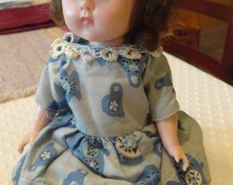 Vintage Ginny Doll 1960s Vogue 8 inch brunette sleep eyes poseable legs