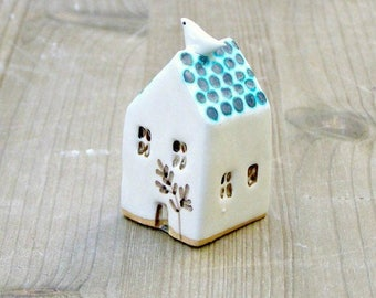 little green house with bird-tiny ceramic house