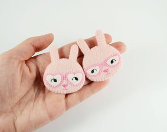 Couple Bunnies Felt Brooch / Couple Brooch / Romantic Felt Rabbit Pin / Felt Rabbit Brooch / Cute Rabbit With Glasses Pin / Pink Bunny