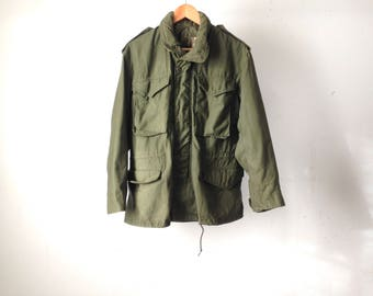 MILITARY 60s 70s solid color ARMY green VIETNAM jacket coat faux fur collar size small