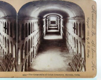"""Antique Stereoview """"Catacombs of Colon Cemetery, Havana Cuba"""" by Keystone View Co. 1899"""