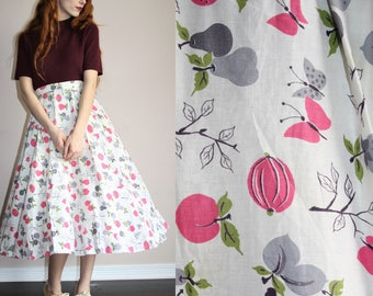 Sugar Plum Novelty Print Vintage 1950s Fruit Nature Print Cotton Circle Skirt - 50s Circle Skirts - 50s Clothing - WV0319