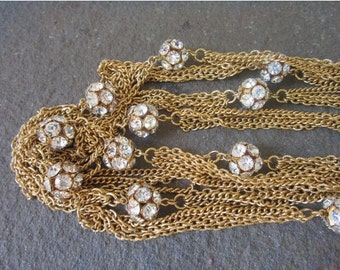 On Sale 1960s Flapper Style Necklace. A stunning 90 inches Long