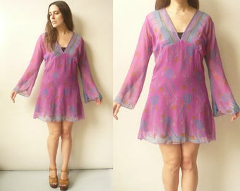 1990's Vintage Bohemian Floral Print Chiffon Bell Sleeve Hippie Beach Tunic Mini Dress