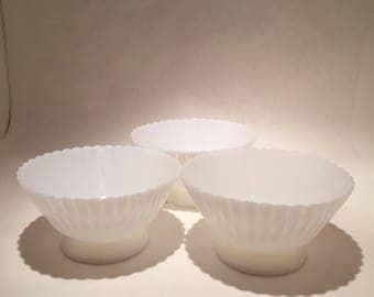 3 Petalware Monax Macbeth-Evans Bowls
