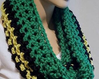 Black Crochet Infinity Scarf Chunky Infinity Scarf, Green Infinity Scarf, Black Infinity Scarf, Green Infinity Scarf Handmade Infinity Scarf