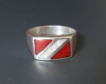 Scuba Diver Sterling Silver Ring Size 11 3/4 Red & White Chip Inlay
