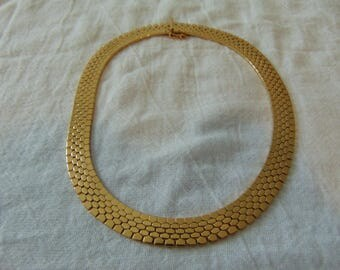 vintage monet necklace choker gold plated reticulated honeycomb signed