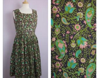 Vintage 1960's Green + Pink Paisley Floral Sleeveless Flared Midi Dress L/XL