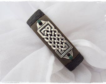 Medieval LeatherBracelet, Norse Leather Bracelet, Celtic Bracelet, Men's Leather Bracelet, Viking Bracelet, Celtic Knotwork Bracelet Cuff