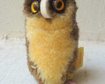 Vintage Collectible Steiff Wool Pom Pom Owl Eule #7480/06 w/Button,Tag 1971-84
