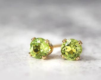 Peridot Earrings - Gold Stud Earrings - Peridot Jewellery - Tiny Earrings - Peridot Stud Earrings - August Birthstone - Green Earrings