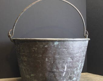 Distressed Vintage Copper Bucket With Aged Patina // Farm Chic // Farm House Pail // Old Bucket // Country Wedding