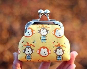 Metal frame coin purse, Monkey coin purse, Japanese fabric