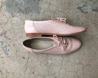 Vintage 80's Pink Shoes Women's Saddle Shoes Preppy Leather New Wave Hipster Oxfords 8 1/2 K