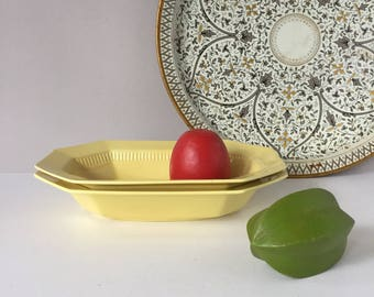 1776 Independence Ironstone, Yellow Daffodil Vegetable Bowls, Vintage Set of Two (2), Castleton China Japan, Mid Century Dinnerware