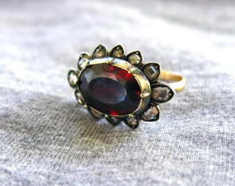 Rare Georgian Garnet and Table Cut Diamond Ring - 14K - Large - Gorgeous!