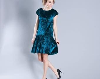 Velvet Mint - short dress with frill