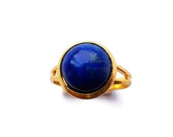 Round Lapis Lazuli Cameo Ring Gold