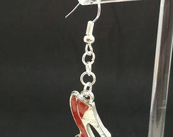 Red high heeled shoe earrings
