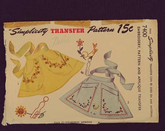 7400 Simplicity Transfer Pattern Apron Pattern. Gay Clothespin Aprons. Unused