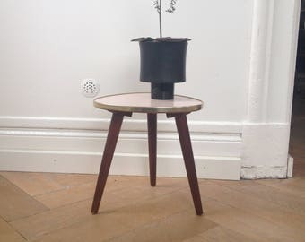 Vintage tripod triangular table Plant stand Small Tripod Flower Stool German Furniture Wooden legs Formica 50s