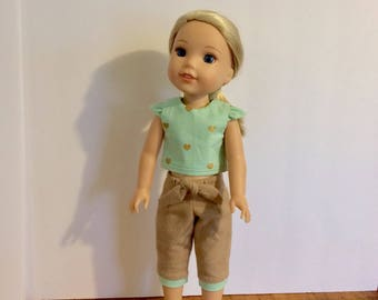 """Handmade Wellie Wisher outfit. Top and Capri pants. Mint with gold hearts and tan bottoms. 14.5"""" doll clothes."""