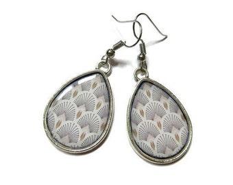 DELICATE EARRINGS - White earrings - Lightweight earrings - Summer outdoors - Boho chic Tatted jewelry - Bohemian earrings