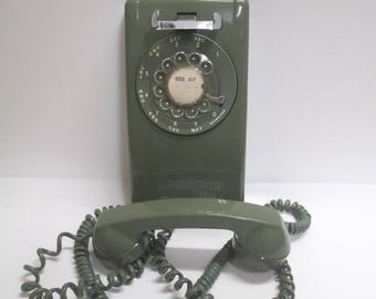 Vintage Green Rotary Dial Wall Phone, 1970s Retro Wall Mount Telephone, Stromberg- Carlson USA Model G3, Mid Century MCM... Works Well !