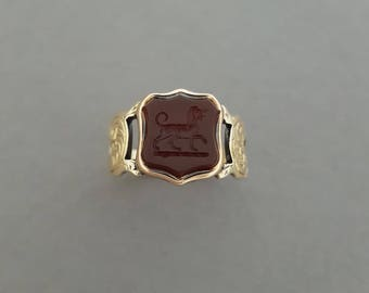 Antique Early / Mid Victorian Hand Carved 9K Gold, Carnelian Stone Talbot / Dog/ Hound Intaglio / Signet Ring / Shield - Extinct, Rare