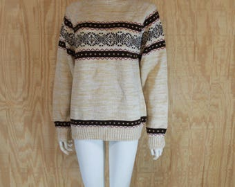 Vintage 1970's KINGSPORT Cream / Tan / Brown Scandinavian Nordic Fair Isle Snowflake Space Dyed Pullover Knit Jumper Ski Sweater M / L  / XL